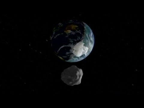Asteroid Fliegt Knapp An Der Erde Vorbei Youtube