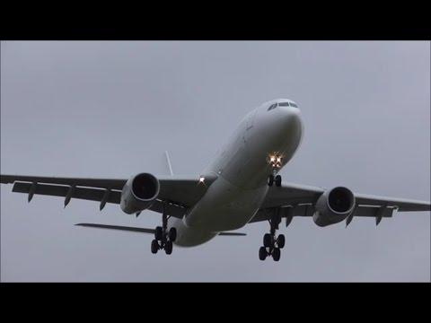 Planes at Birmingham Airport, BHX | 27/09/16