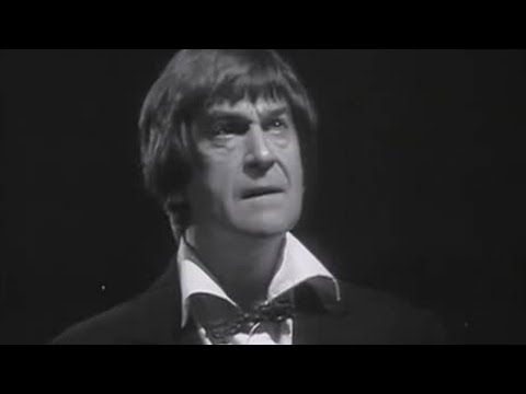 Second Doctor regenerates - Doctor Who: The War Games - BBC