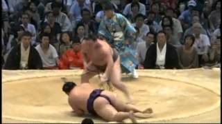 sumo hakuho chiyotairyu.