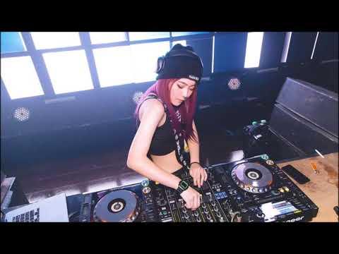 DJ KAU CURANGI AKU BREAKBEAT REMIX GALAU 2018 Mp3