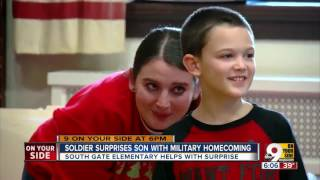Soldier surprises son with Christmas homecoming
