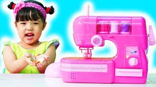 MiMi Pretend Play with Toy Sewing machine