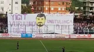 Hopaspor-Nazilli Belediyespor maçında İshak Köse pankartı