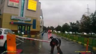 Русский человек vs. шлагбаум. Эпическая битва.(, 2016-10-24T14:56:04.000Z)