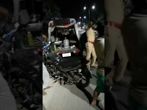 Chennai police atrocities on innocent people who comes from night show movie in Valasaravakam