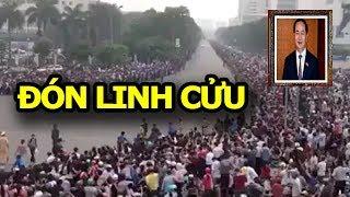 Toàn cảnh  người dân Hà Nội chen chúc đón Linh Cửu Chủ tịch Trần Đại Quang