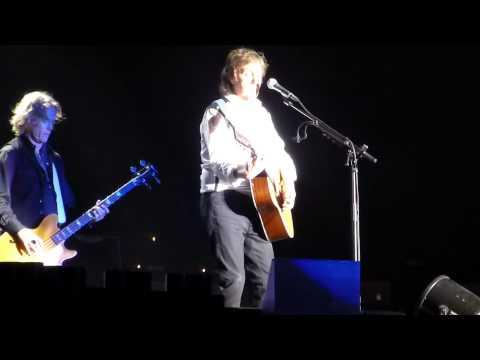 Paul McCartney - And I Love Her - Lima Peru 2014