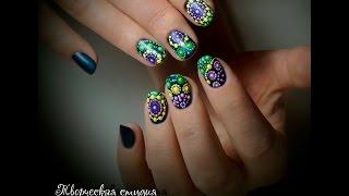 Точечная роспись на ногтях