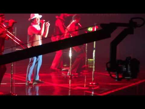 Bruno Mars Moonshine / Natalie Moonshine Jungle Tour Belfast 2nd October 2013