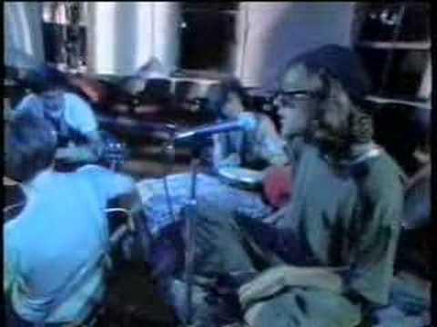 R.E.M. - Driver 8 (Rare Acoustic Performance)