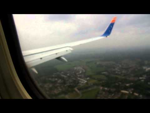 Sun Express Deutschland Heavy Crosswind landing at Dusseldorf INTL Airport