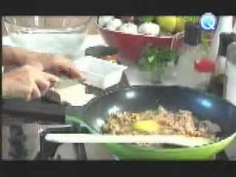 Sarap at Home - San Marino Corned Tuna Pad Thai