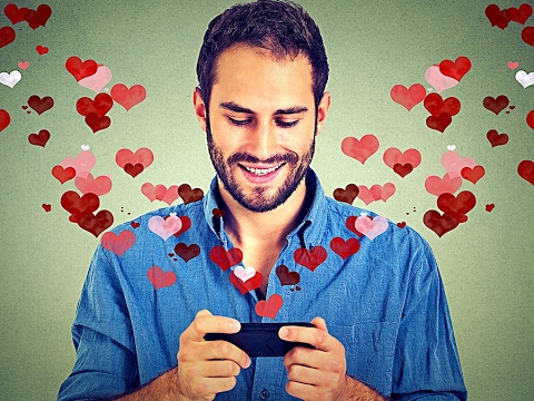 Swipe Right: 3 Apps to Show Some Love This Valentine's Day