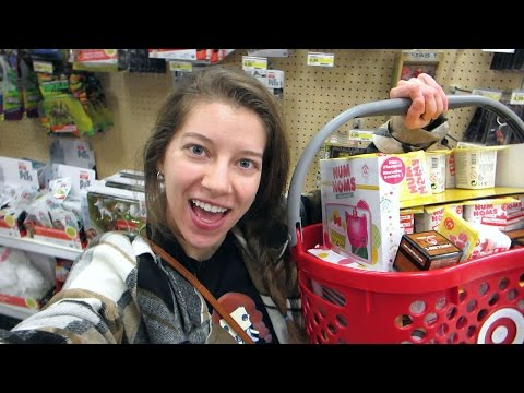 Toy Hunting #51! Tons Of Clearance Num Noms, Twozies Season 2, Minecraft, Num Noms Series 3.1