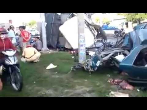 Tai nạn kinh hoàng Thành phố Tân An,Long An ngày 11/5/2013