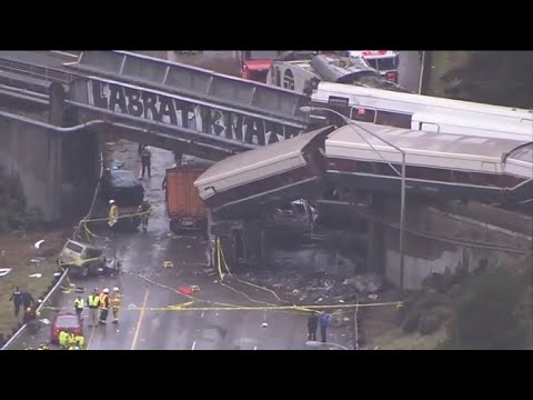 Deadly Amtrak train derails in Washington state