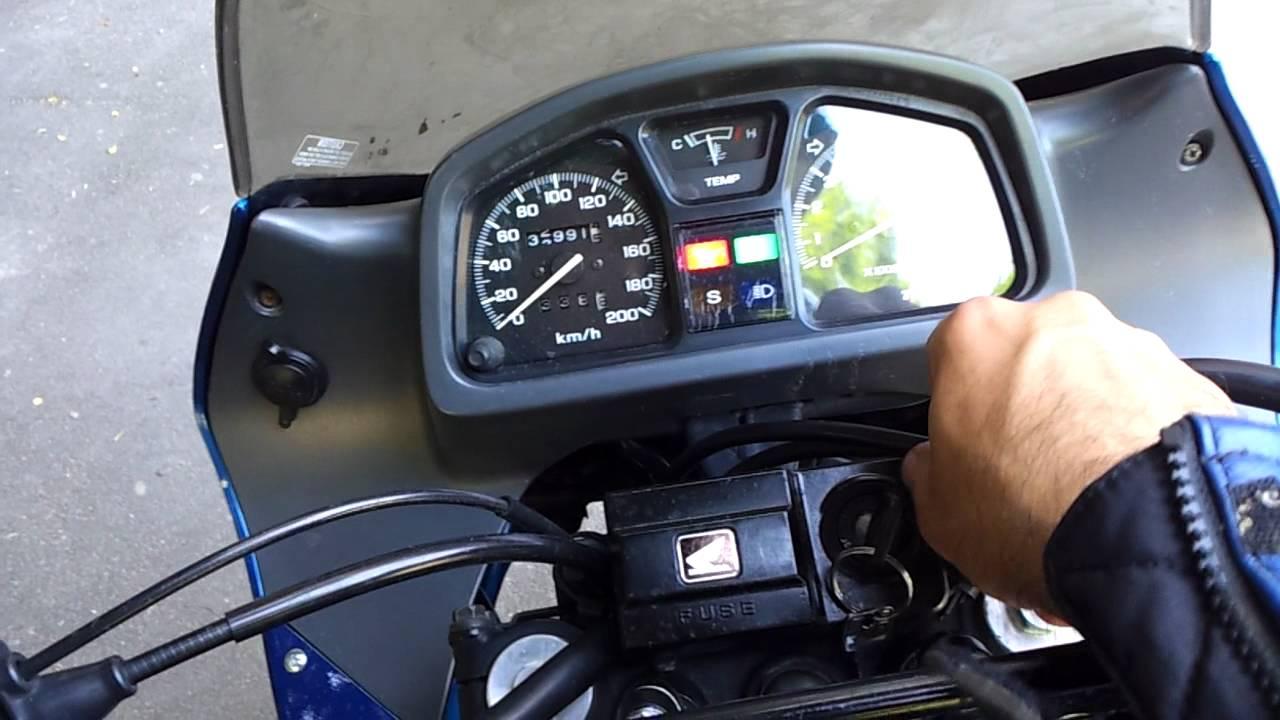 Honda Transalp Xl 600v Youtube