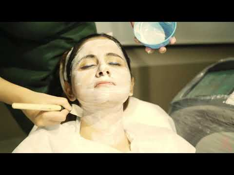 Leor24 Skin And Hair Clinic : Carbon Facial (Celebrity Glow)