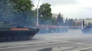 Проезд техники на параде. Луганск. 09.05.2015(, 2015-05-09T08:56:47.000Z)