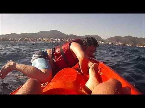 Marmaris sularında kano ile mücadele