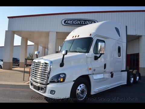 Prime Inc Trucking: Review of the Automatic 2017 Freightliner Cascadia Evolution. Pros & Cons.