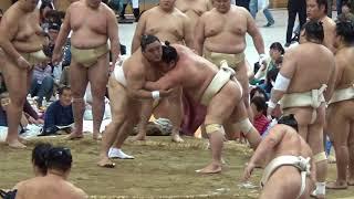 申し合い稽古とは・・・ 最も一般的に行なわれる稽古で2人が土俵の中で...