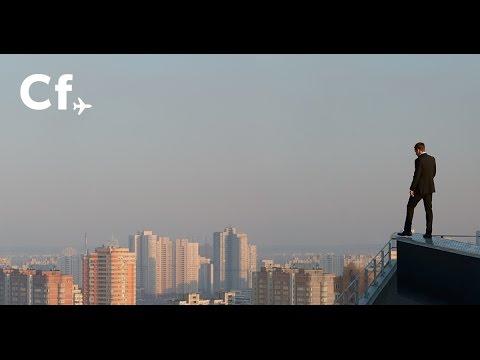 Cheapflights 'Flying Stuntman' TV Advert (Full-length version)