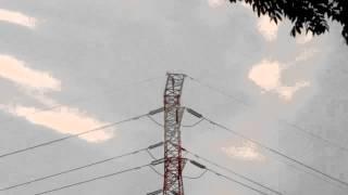 Demo di puncak tower sutet Senayan