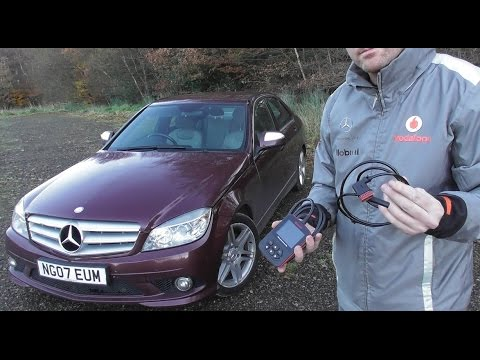 Mercedes C Class W204 Rear ABS Sensor Removal  Diagnose Guide
