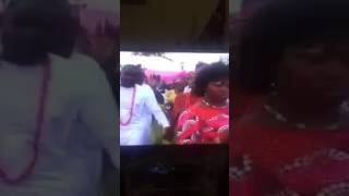 A strange woman was caught on video rubbing the stomach of girl on her wedding day
