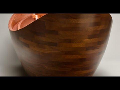 Enchanting Wood Bath Crafted by Amazing Workmanship