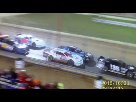 Lucas Oil Speedway Big Buck 50  10 8 16