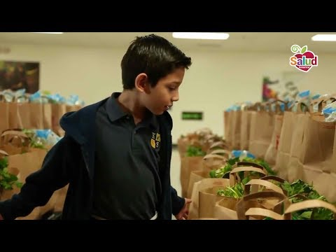 Sending Houston Students Home with Fruits/Veggies