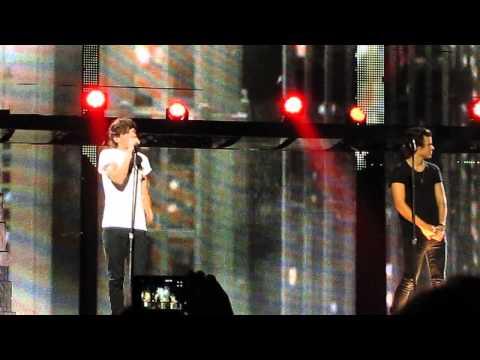 Rock Me - One Direction, Allphones Arena, Sydney, 051013 HD