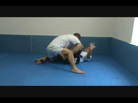 Knee-Push Sweep from Guard
