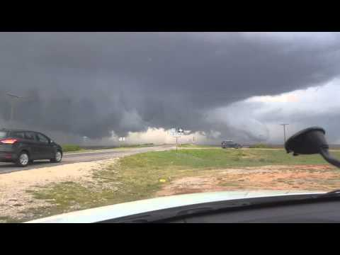 Tornado Warned Storm Near Sweetwater, TX - 4/16/2016