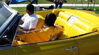 SNOOP DOGG & MIKE EPPS  BIGG SLICE JAMMING SOME GOSPEL MUSIC IN THE LAKER CAR