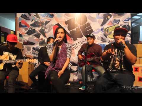 O's Tribe - Kita live at DNR Cafe Suhat Malang