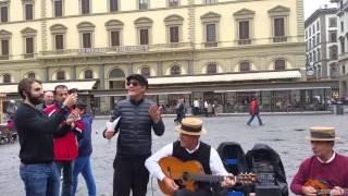 Fiorello show con I Suonatori a Firenze.