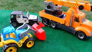 Трактора Сломался Отвалилось Колесо! Тимур Помагает Поченить Сломанный Трактор