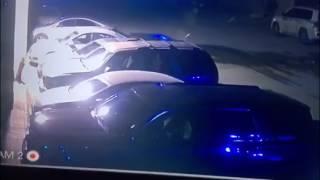بالفيديو.. كاميرا المراقبة تفضح عاملًا حاول سرقة المركبات في الرياض