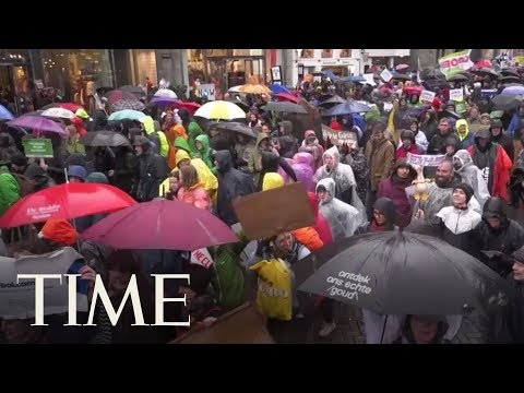 Amsterdam's First National Climate Change March Draws 40,000 People | TIME