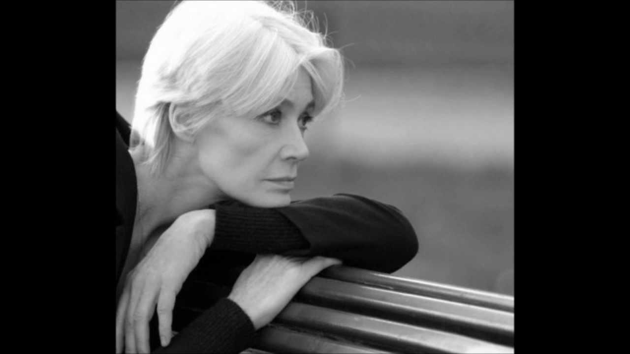 Françoise Hardy - Le Premier Bonheur Du Jour