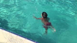 Обучение плаванию ребёнка 2 года