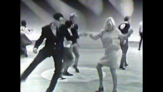 American Bandstand 1967 -Swing Dance Contest Finalists- You Got To Me, Neil Diamond