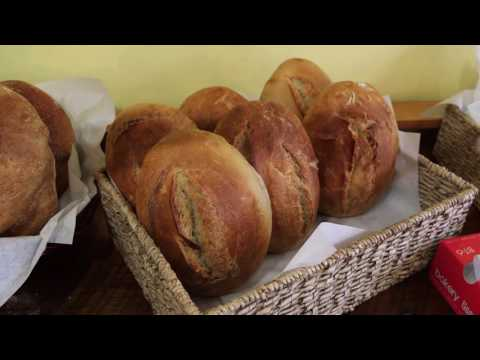 When Pigs Fly Bread (Phantom Gourmet)