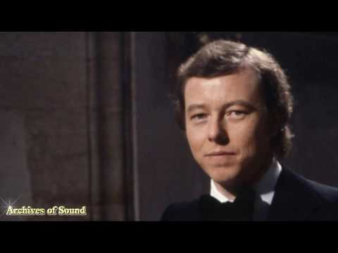 Hymn Song (Peter Skellern) - Guildford Cathedral Choir (Barry Rose)