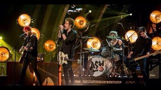 5 seconds of summer 5sos performing amnesia on strictly come dancing