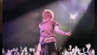 2011年,mao庆生视频 マオさん、お誕生日おめでとうございます これは中...